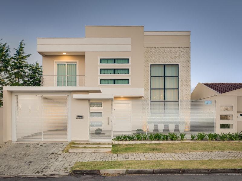 Integração contemporânea inspira projeto arquitetônico e de interiores