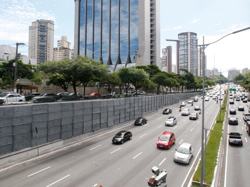 Prefeitura começa a instalar Corredor Verde na Avenida 23 de Maio
