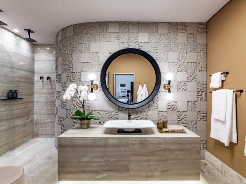 Novidades da CASACOR São Paulo ditam as tendências para banheiros no ano: inspire-se!