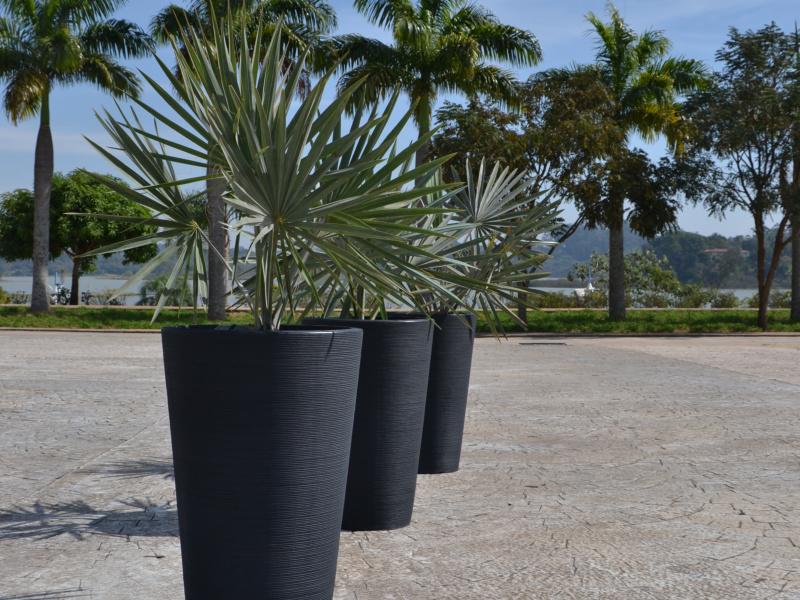 Japi lança três novas linhas de vasos para coleção Primavera 2016/17
