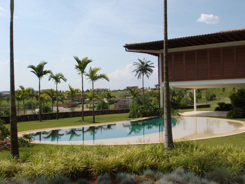 As piscinas valorizam cada vez mais os imóveis